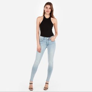 Express Mid Rise Light Wash Skinny Jeans (4)